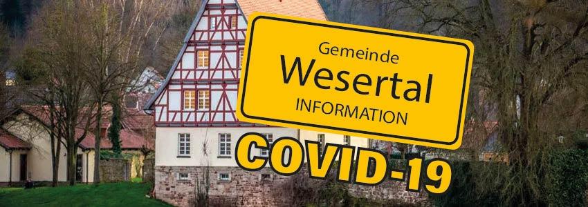 Altes Rathaus Gieselwerder mit Covid19 Info-Schriftzug